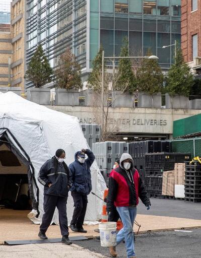 ABD'de 'koronavirüs' kabusu: New York'un göbeğinde geçici morglar oluşturuldu