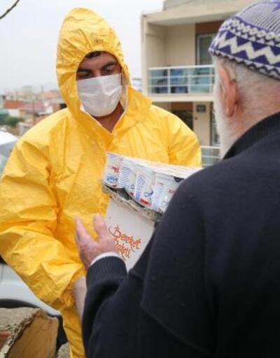 Buca'da ihtiyaç sahiplerine ve 65 yaş üstüne yardım eli