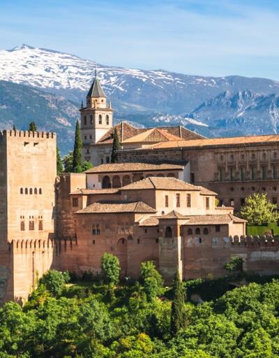 Granada neresi? İşte yüz yıllar sonra ilk ezanın okunduğu Granada