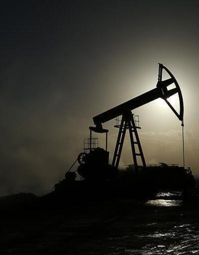 Rusya ve Suudi Arabistan'ın anlaşacağı beklentisiyle petrol yükseldi