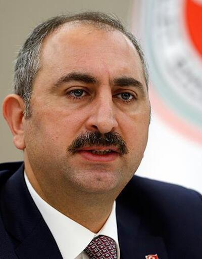 """AdaletBakanı Gül'den """"5 Nisan Avukatlar Günü"""" mesajı"""