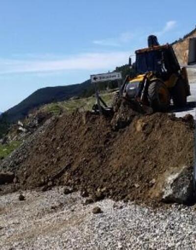 Nurdağı'nda tali yollar kapatıldı