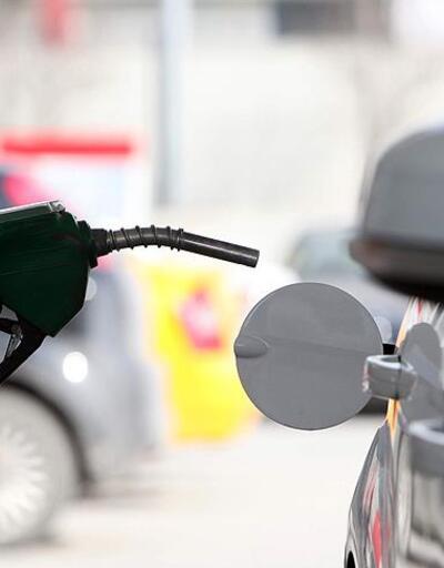 Benzine 15 kuruş zam yapıldı