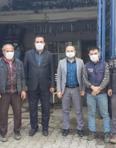 Besni'de esnaflara ücretsiz maske dağıtımı