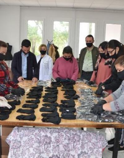 Kozan Belediyesi maske üretimine başladı