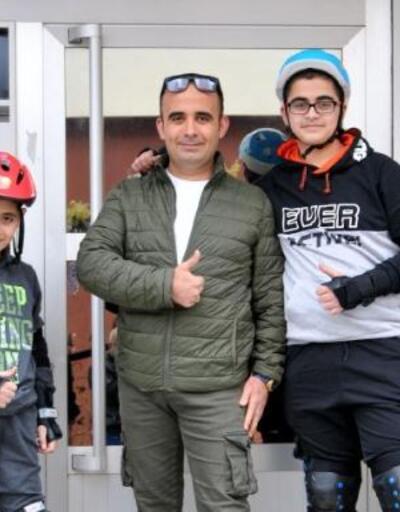 Türkiye'yi gülümseten paten görüntülerindeki baba ve oğulları konuştu