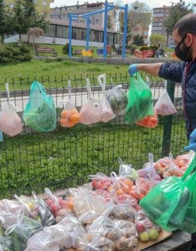 Yenimahalle'de ihtiyaç sahiplerine sebze ve meyve standı