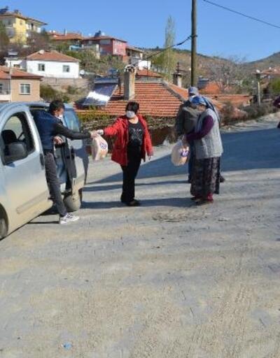 Şereflikoçhisar'da vatandaşlara ücretsiz ekmek