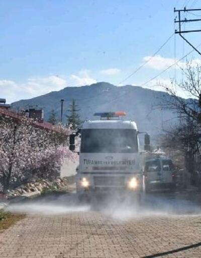 Tufanbeyli'de dezenfeksiyon çalışmaları devam ediyor