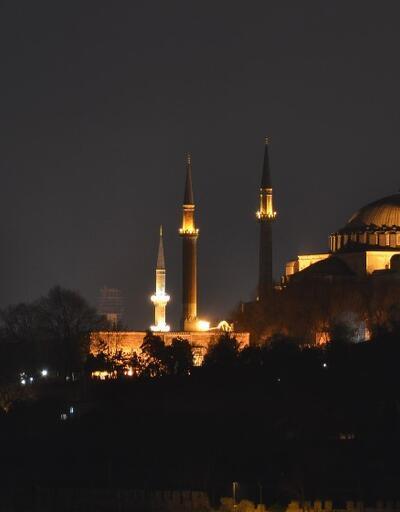 İstanbul imsakiye 2020: 24 Nisan İstanbul iftar saati akşam ezanı saati kaç?