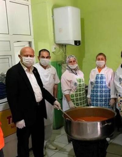 Şarkikaraağaç'ta evlere iftar yemeği