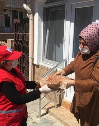 Kızılay'dan Babaeski'de 500 aileye iftar yemeği