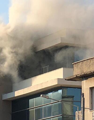 Belediye binasında çıkan yangın korkuttu