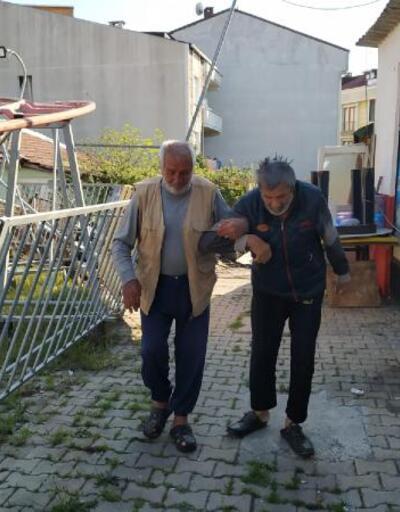 Arnavutköy'deki yaşlı baba ve hasta oğluna yardım eli uzandı