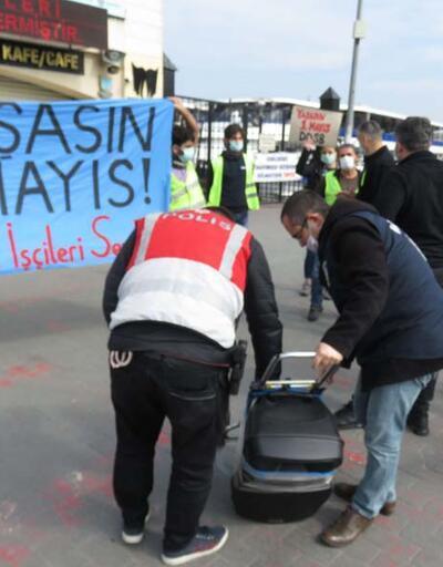 Kadıköy'de izinsiz 1 Mayıs gösterisine gözaltı