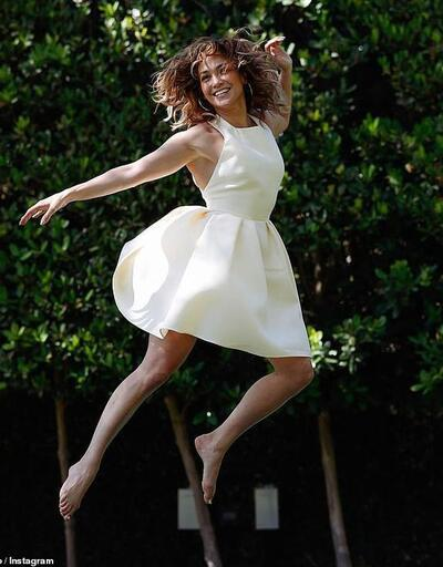 Bir ilham perisi olarak Jennifer Lopez