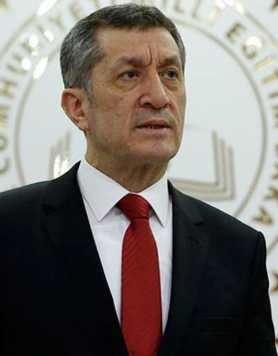 Milli Eğitim Bakanı Ziya Selçuk'tan babalara sitem