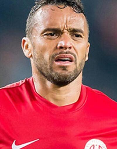 Cruzeiro Charles'a 750 bin TL ödeyecek