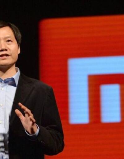 Xiaomi'nin patronu rakip firmanın telefonunu kullanıyor