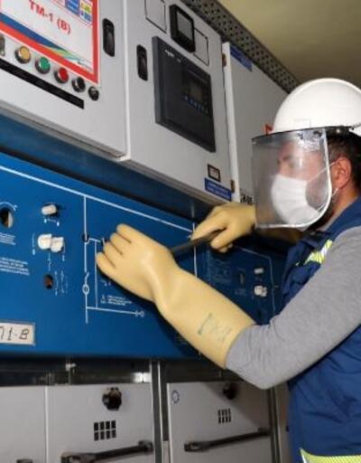 Elektrik çalışanlarına 17 bin saat eğitim