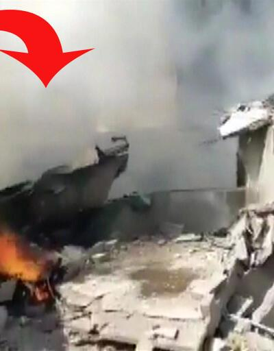 Son dakika... Pakistan'da yolcu uçağı düştü