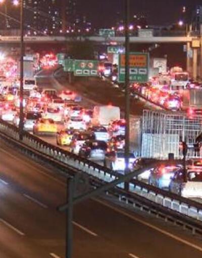 İstanbullular kısıtlamaya trafikte yakalandı