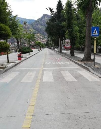 Amasya'da cadde ve sokaklar boş kaldı