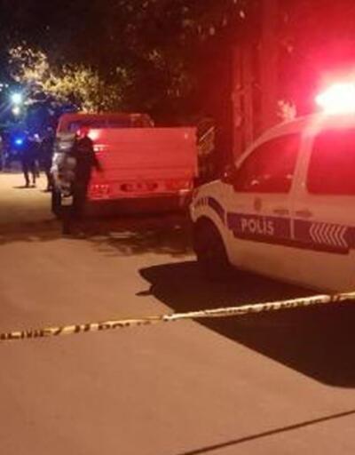 Polisin 'dur' ihtarına uymayan silahlı şüpheli, seken kurşunla yaralandı