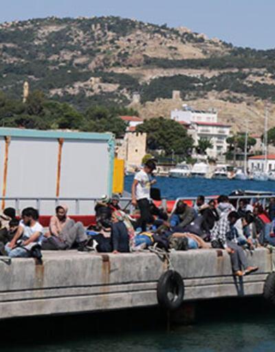 Yunan askerlerinin denize bıraktığı 72 göçmen kurtarıldı