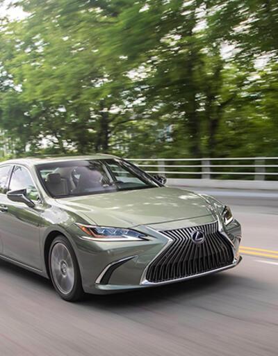 Lexus da online oldu