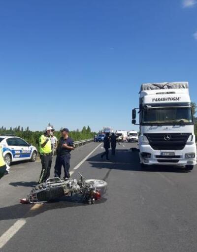 TIR'ın çarptığı motosikletteki çift öldü, 2 çocukları yaralı