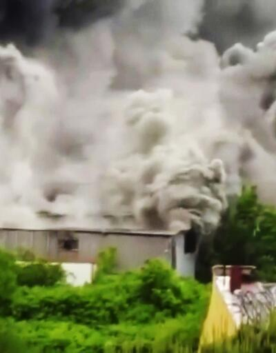Avcılar'da plastik fabrikasında yangın