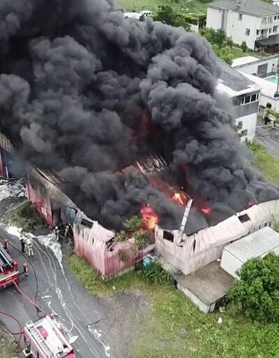 Son dakika... Avcılar'da korkutan fabrika yangını