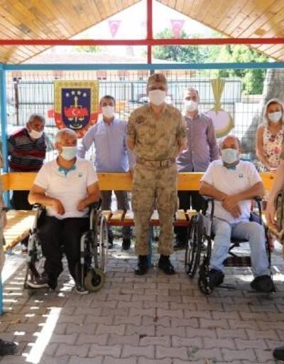 Jandarmadan, engelli bireylerin kullanımı için kamelya