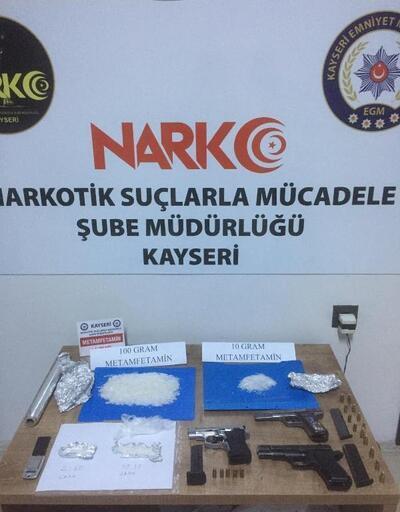Narkotik polisinden uyuşturucu operasyonu: 3 gözaltı