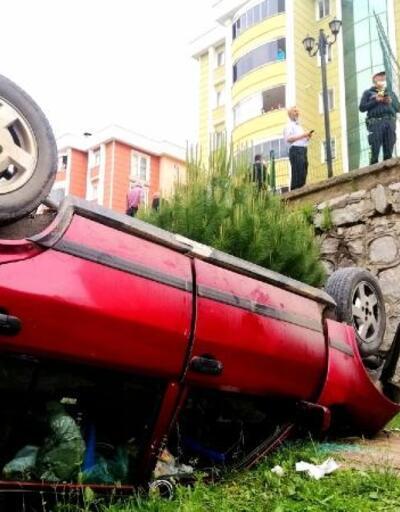 Yanlış vitese takıncasitenin bahçesine düştü: 2 yaralı