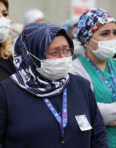 Koronavirüsten hayatını kaybeden Dilek hemşire için hastanesinde tören düzenlendi