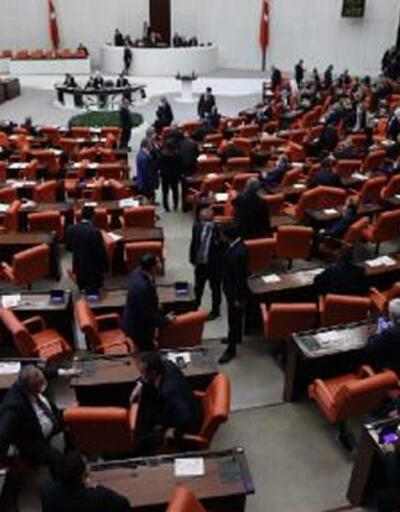 Meclis 48 gün sonra toplandı! CHP, HDP ve MHP arasında tartışma