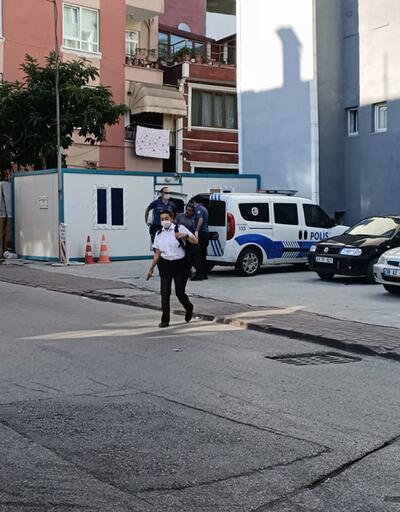 Maske uyarısı yapan güvenlik görevlisi kadını darbetti