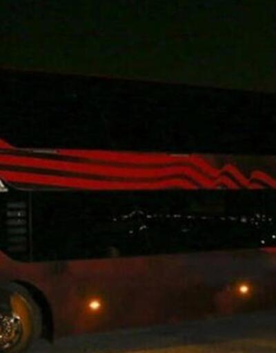 Benfica otobüsüne taşlı saldırı