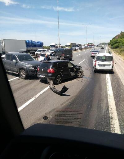 Kaza sonrası araçlardan inenlere otomobil çarptı: 7 yaralı