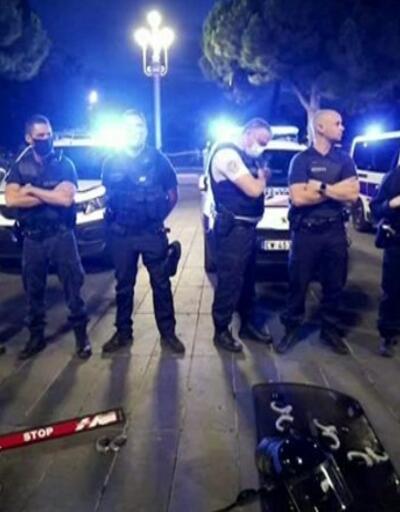 Fransız polisi ayaklandı   Video