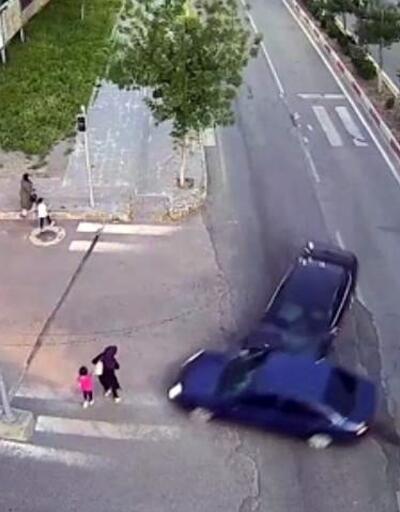 Son Dakika: Anne ile kızını kaza kurtardı   Video