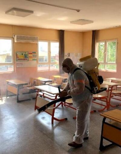 Ceyhan Belediyesi LGS VE YKS sınavları öncesi okullarda dezenfeksiyon yaptı