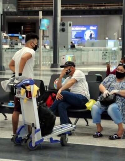Türkiye'de kalan yabancı uyrukluların tahliyesi sürüyor