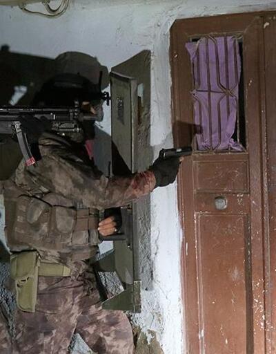 Son dakika... Kırmızı bültenle aranan 2 DEAŞ'lı Kilis'te yakalandı