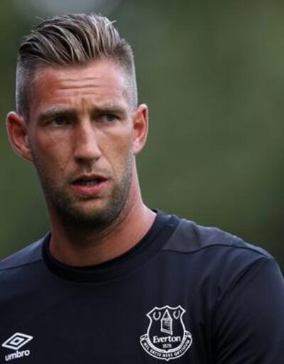 37 yaşında Ajax'a imza attı