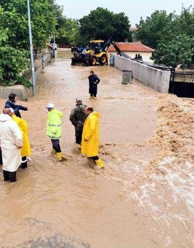 Sel meydana gelen Pınarhisar'da hasar tespit çalışması