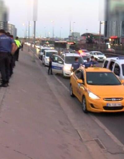Taksicinin silah zoruyla kaçırıldığı iddia edildi: D-100 polis araçlarıyla doldu | Video