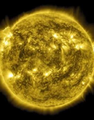NASA, Güneş'in 10 yıllık fotoğraflarını 1 saatlik film haline getirdi